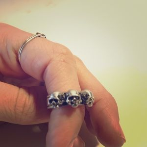 Jewelry - Skull Ring FREE with any bundle!